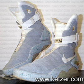 "Nike - Air Mag ""Marty McFly"" (Original)"