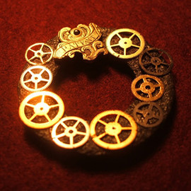 ai iijima - wheel necklace