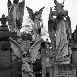 Rock cemetery, Nottingham - A multitude of Angels