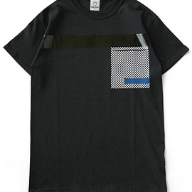 TOGA ODDS&ENDS - Rubber Pocket Tee 2 (black)