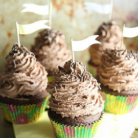 Heather Christo - Chocolate cloud cupcakes