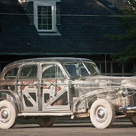"Pontiac - The 1939 Pontiac ""Ghost Car"" Was Made of Plexiglass: transparentplexiglascar1.jpg"