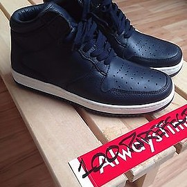 Supreme - sneaker MIDTOWN Black