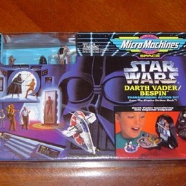 Galoob - Star Wars (スターウォーズ) MicroMachines Darth Vader (ダースベイダー) Bespin Transforming Action Set(並行輸入)