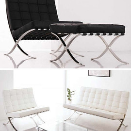 Mies van der Rohe - Barcelona Chair and Ottoman