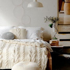 knit/bedroom