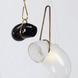 "Lindsey Adelman - ""Catch"", glass & bronze lights"