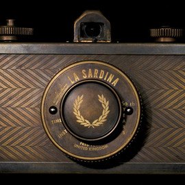 Lomography - Fred Perry 60th Anniversary La Sardina