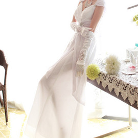 LUXE ASIAN - Greetings of Love Dress