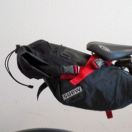 suew - FC-β SADDLE BAG