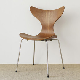 Fritz Hansen - Eight Chair by Arne Jacobsen