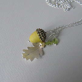 catherinewoodall - Silver oak leaf and green glass acorn necklace