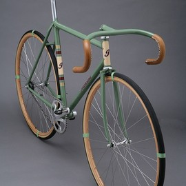 Cool fixed-gear bike