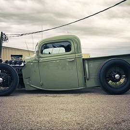 Bobber Truck Hot Rod