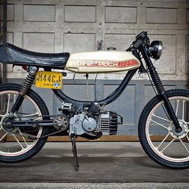 Puch - Magnum Limited