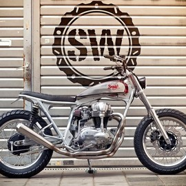 Kawasaki - W650 Dirt Racer by Jürgen Brand and Schlachtwerk