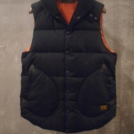 Lost control - Showl Collar Down Vest