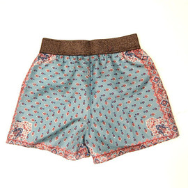 fev - make antique scarf shorts