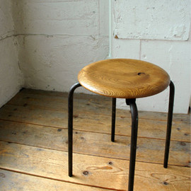 TRUCK FURNITURE - SUTTO STOOL
