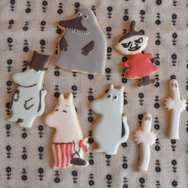 Thumb and Cakes - moomin cookie