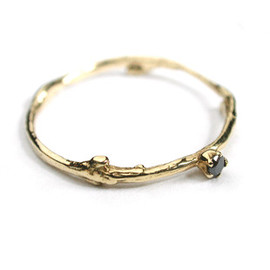 ALEX MONROE - Fine Twig Ring with Set Stone