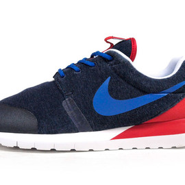 "NIKE - ROSHERUN NM WL SP ""FRANCE"" ""LIMITED EDITION for NONFUTURE"""