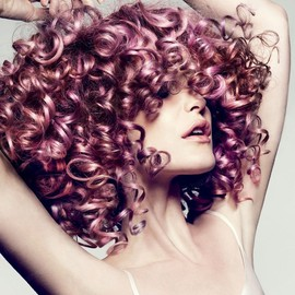 Glossy pink curls / Hair Style