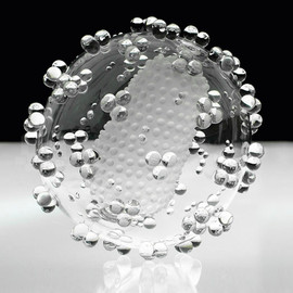 """""""HIV"""" transparent microbiology glass sculpture   approximately 1,000,000 times larger than the actual viruses."""