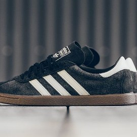 adidas - Tobacco - Black/Brown/Gum/White