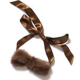 Alexis Mabille - Knitting Bow Tie