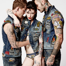 DIESEL - #DIESELTRIBUTE COLLECTION