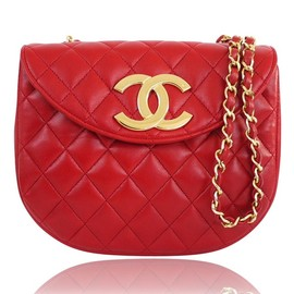 CHANEL - Vintage Red Lambskin Big Logo Classic Cross-body