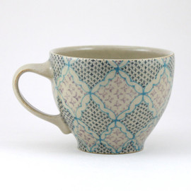 Dawn Dishaw Ceramics - mag