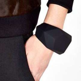 Marc by Marc Jacobs - Black Rubber Rock Cuff by Marc by Marc Jacobs