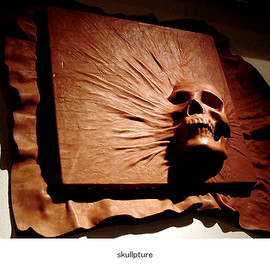 MOTO LEATHER - skullpture