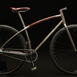 Naked Bicycles and Design - /