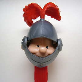 PEZ - Knight with Red Plume