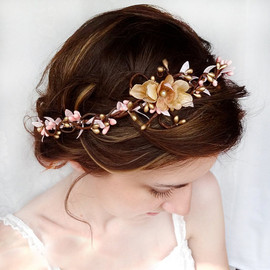 thehoneycomb - wedding hair accessories