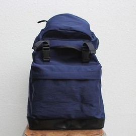 commono reproducts - back pack