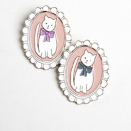 Twenty-Seven Names - Cat Cameo Brooch