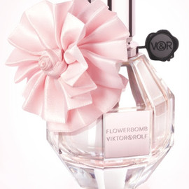 VIKTOR & ROLF - FLOWERBOMB Holiday 2012 Limited Edition