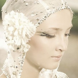 CHANEL - Chanel Haute Couture wedding head dress