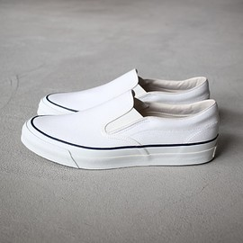 ASAHI - ASAHI DECK SLIP-ON #white