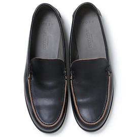 nonnative, REGAL - DWELLER MOCCASIN - Chromexcel LEATHER (BLACK)