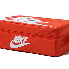 NIKE - shoebox bag