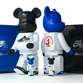Nike - NIKE x BE@RBRICK COLLECTION