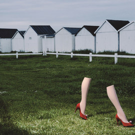 CHARLES JOURDAN - L'exposition Guy Bourdin: Image Maker à Londres Charles Jourdan, automne 1979