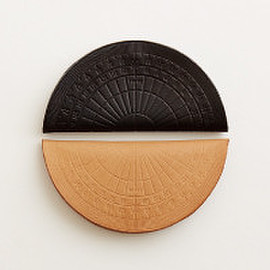 i ro se - protractor coin case
