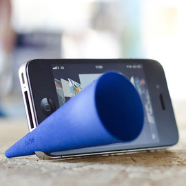 curvecreative - Bugle - iPhone Amp