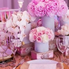 pink wedding décor
